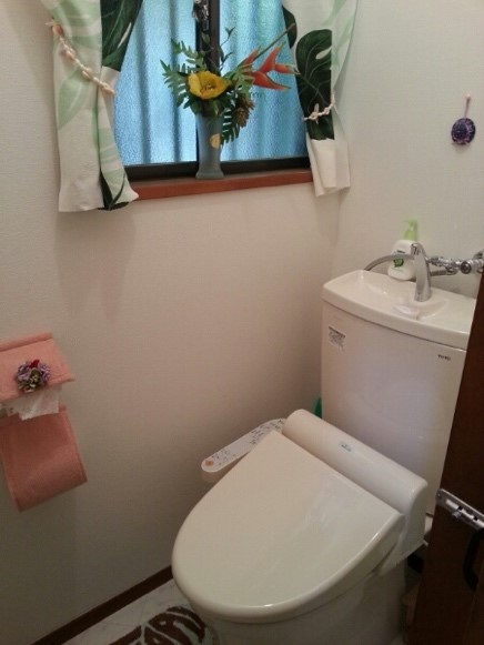 ホームセンターでトイレのリフォーム