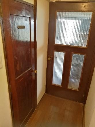 アンティーク風のドア